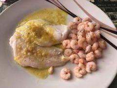 receta merluza en salsa de gambas