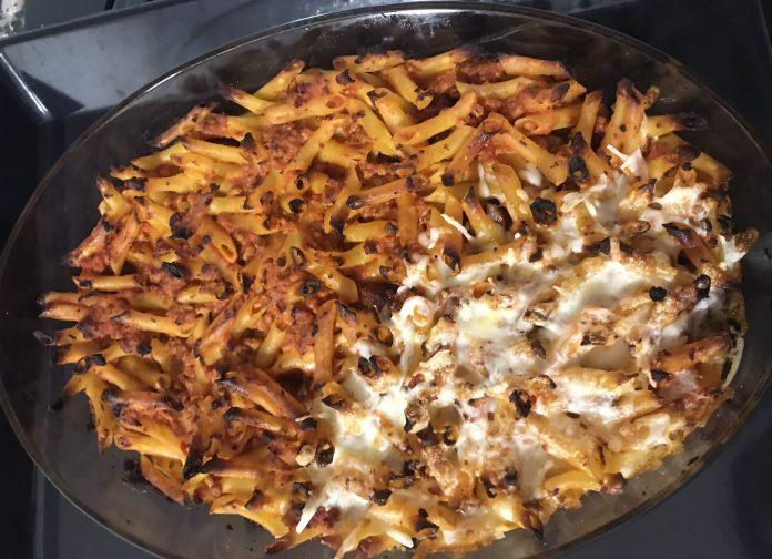 receta macarrones con carne, tomate y queso