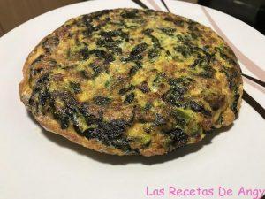 Receta de tortilla de espinacas, ajos tiernos y jamón con Thermomix