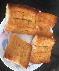 Pan con aceite y sal