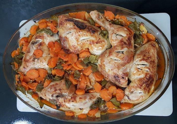Receta de pollo con verduras de forma tradicional