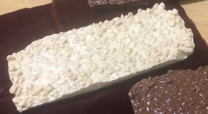 Turrón crujiente de chocolate blanco con Thermomix