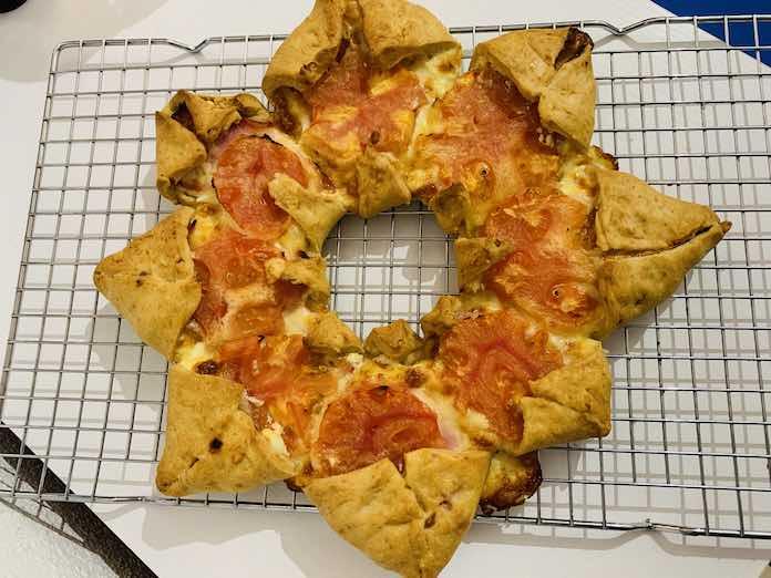 Receta de estrella de queso, jamón y tomate