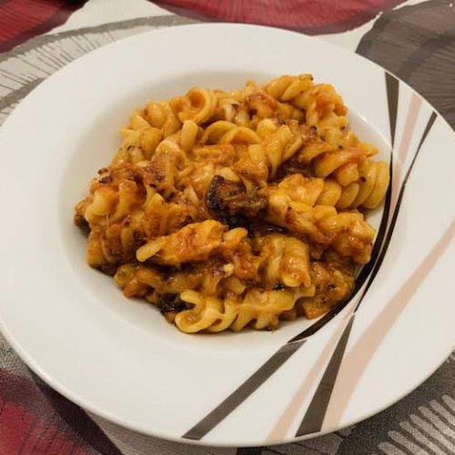 pasta con tomate y mozzarella de forma tradicional en Las Recetas de Angy