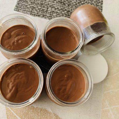 Yogures de chocolate con Thermomix