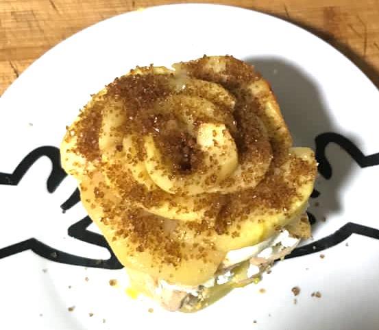 milhojas de foié, queso de cabra y manzanas de forma tradicional en Las Recetas de Angy