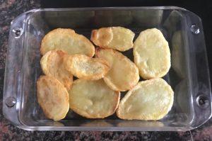 patatas con bechamel y jamón de forma tradicional en Las Recetas de Angy
