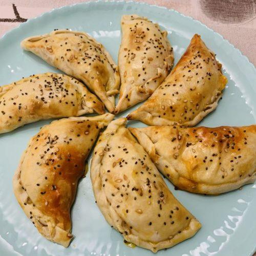 Empanadillas de queso rápidas de forma tradicional en Las Recetas de Angy
