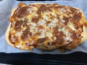 receta pizza jamón y queso